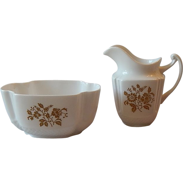 Spode Beaumont Creamer and Sugar Set
