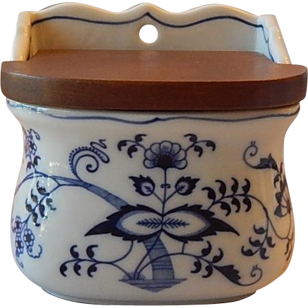 Blue Danube Blue Onion Salt Box