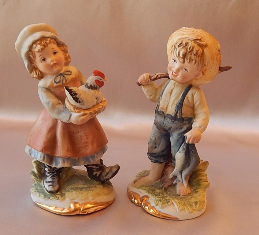 Lefton china boy and girl dating figurine