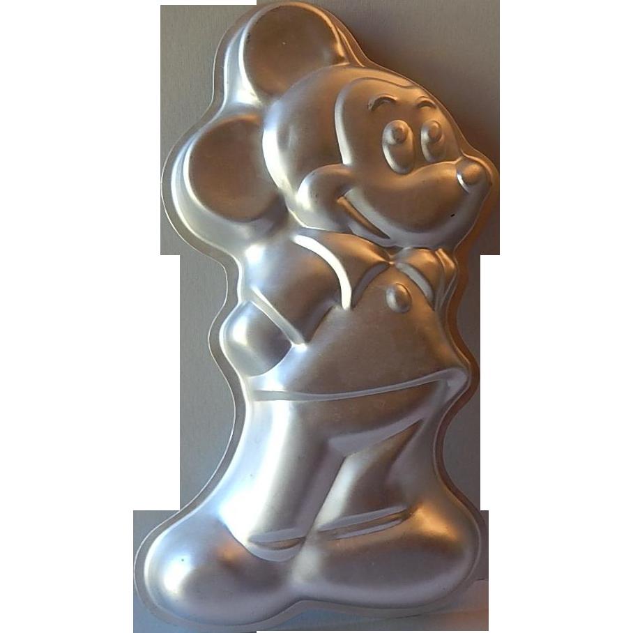 Wilton Mickey Mouse Aluminum Cake Pan