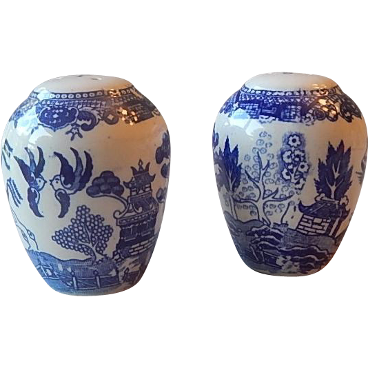 Japanese Blue Willow Salt and Pepper Set