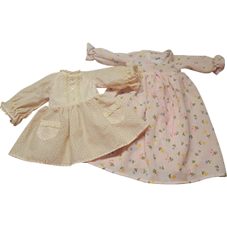Fisher Price My Friend Mandy Dress and Nightgown