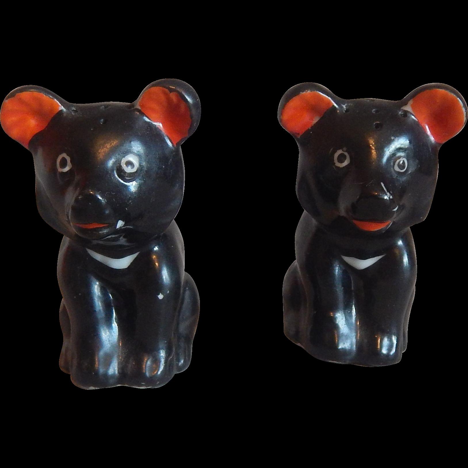 Black Bear Salt and Pepper Shakers