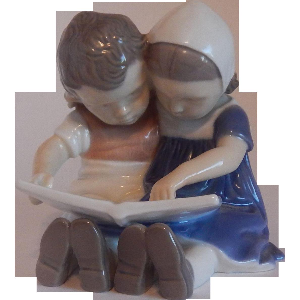 Reading Children #1567 Figurine by Bing & Grondahl