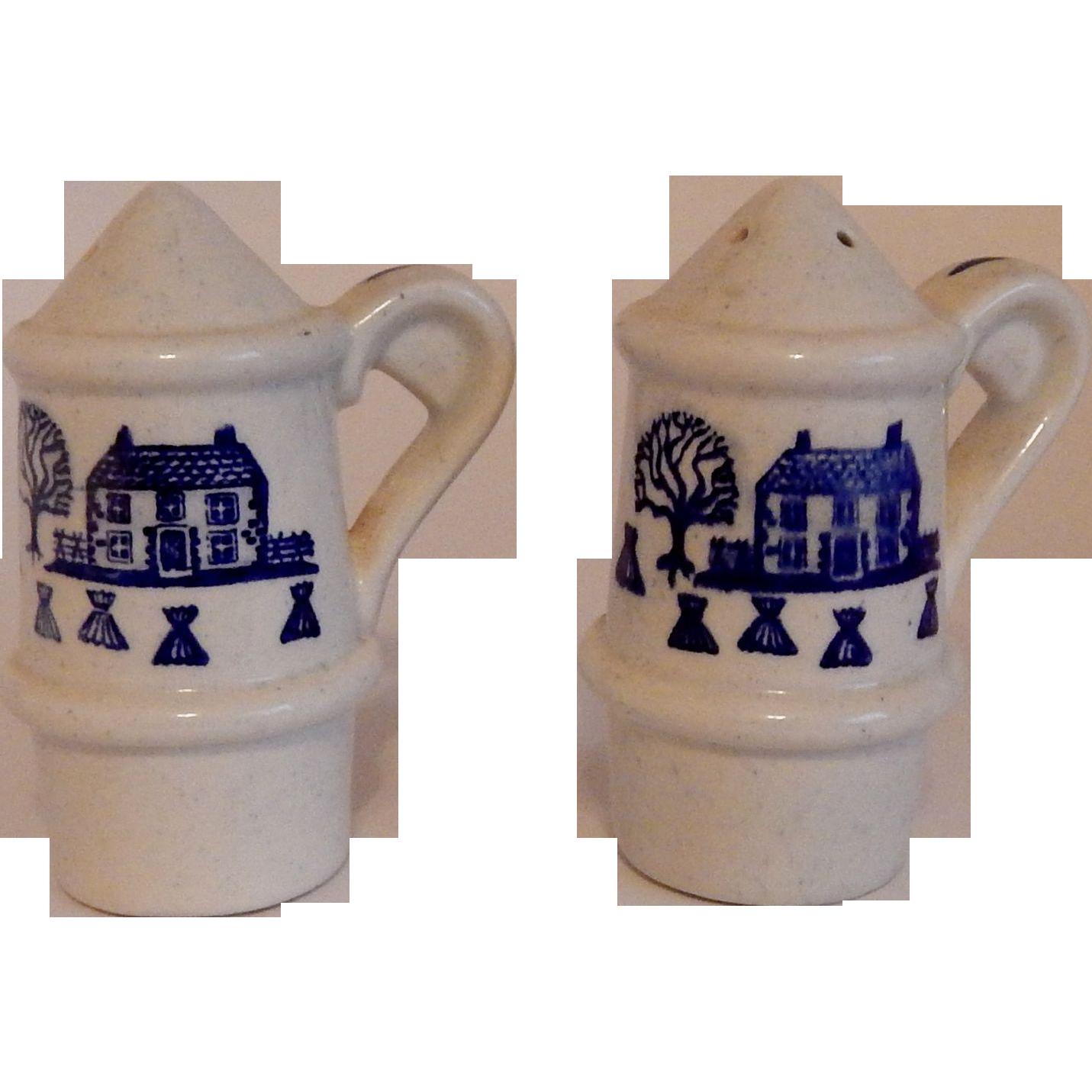 Metlox Poppytrail Homestead Provincial Blue Shakers