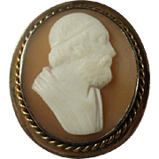 Unusual Vintage Carved Shell Cameo Brooch/Pendant