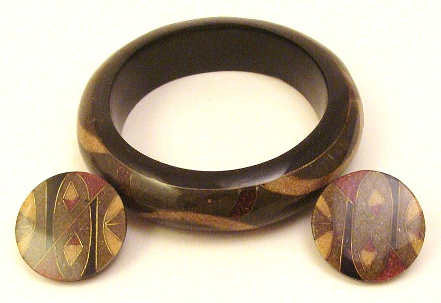 Gorgeous 1970's Inlaid Crushed Stone & Lucite Demi Parure