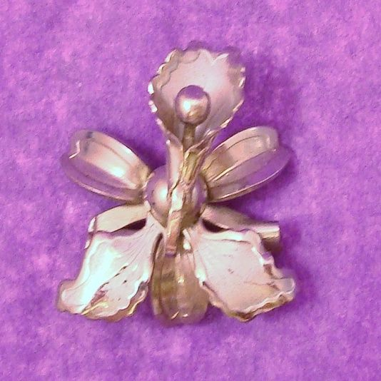Petite Silver Tone Orchid Flower Pin