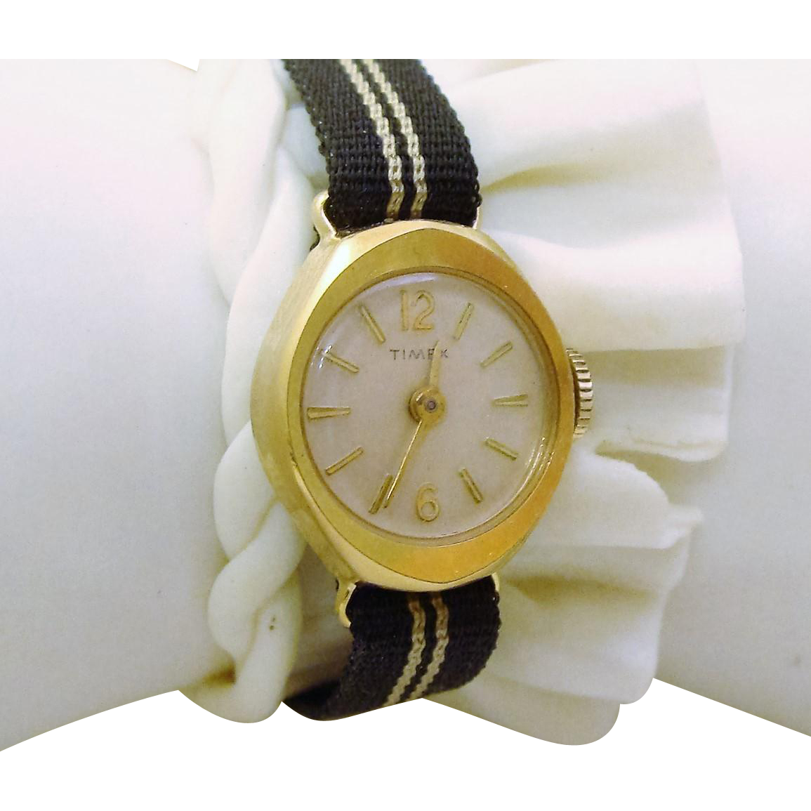 Delightful Manual Wind Up Ladies Timex