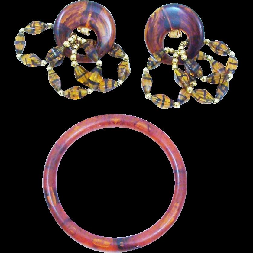 Wow Factor!! Faux Tortoise Shell Earring & Bracelet Set