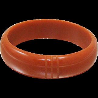 Vintage Carved Bakelite Bracelet ~ Bangle with Bands in Pumpkin ~ Carmel