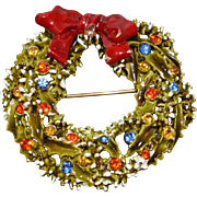 Vintage Signed ART Signed Holiday Christmas Wreath Pin **Free Shipping within the U.S.A.