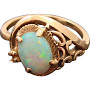 Stunning Loved 1970's 14K Opal Ring Size 6