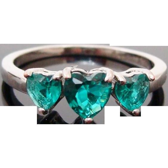 Sterling Silver Triple Heart Green Garnet Ring