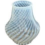 French Opalescent Spiral Optic Art Glass Vase by Fenton