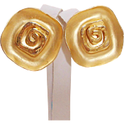 Runway Design Norma Jean Matte & Polished Bold 1980's Earrings