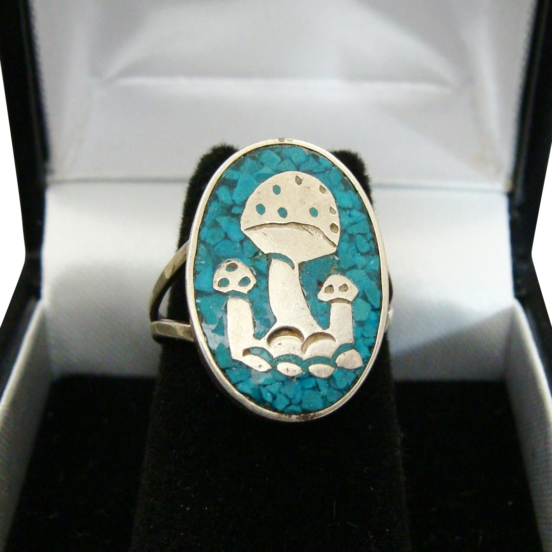 Hencho Mexico Sterling Silver Crushed Turquoise Inlay Mushroom Design