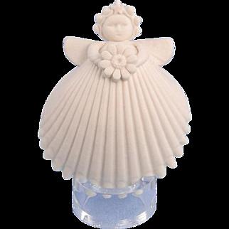 Margaret Furlong Daisy Miniature Angel Ornament Signed