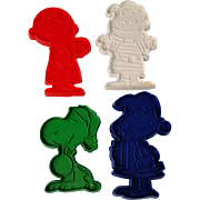 Vintage Peanuts Christmas Cookie Cutters Snoopy Charlie Brown