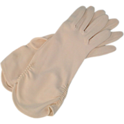 Vintage White Gloves Gathered Wrists 1960s
