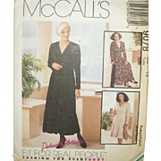Vintage Pattern: Misses Dress, Size 14 UNCUT