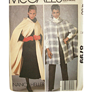 Vintage Sewing Pattern: Misses Outerwear Capes with Hoods