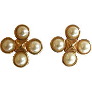 Vintage Faux Pearls Clip Earrings
