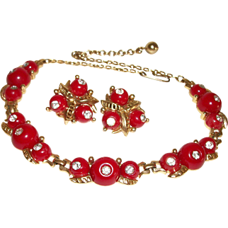 Vintage Red Hot Lucite & Rhinestones Baubles Necklace & Earrings Set