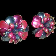 Vintage 1960s Flower-Power Party Clip Earrings