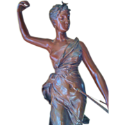 Antique Bronze figure of Diane the Huntress (Chasseresse), 19th Century