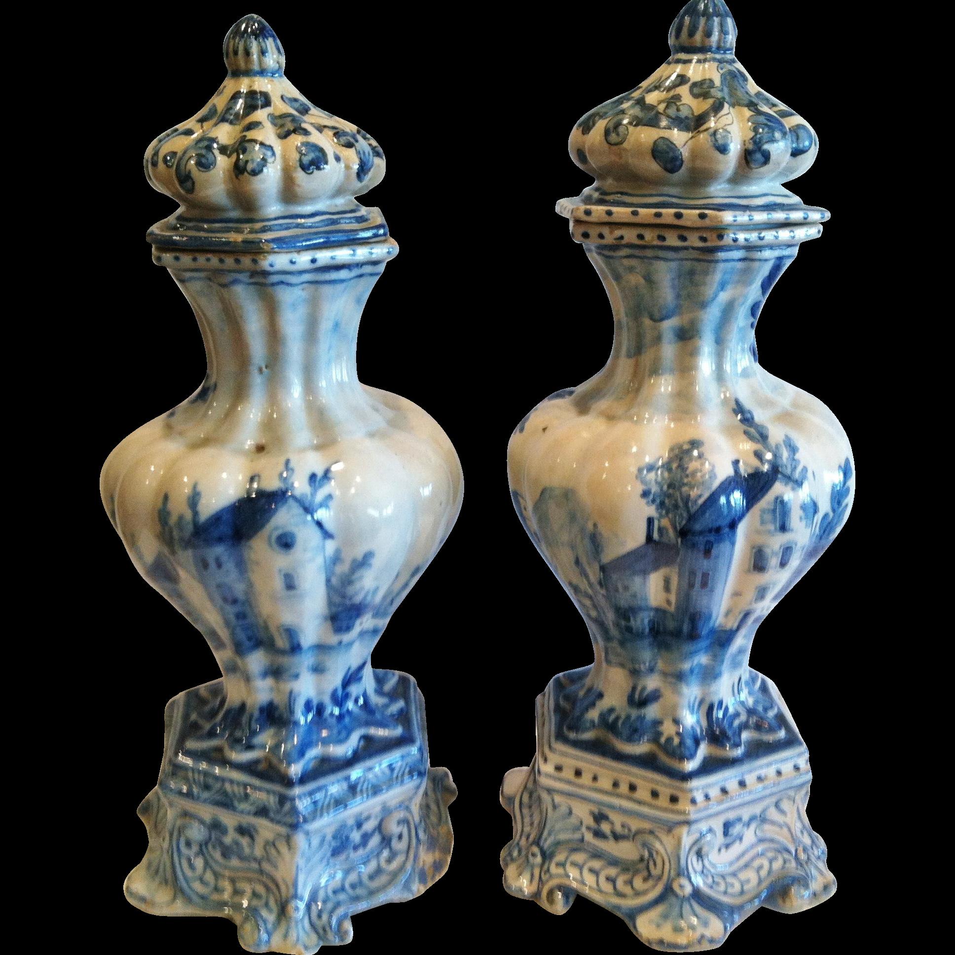 "Rare Pair of ""Savona"" Garniture Vases, 1700-1750"