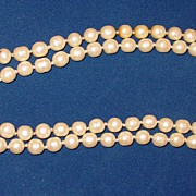 Vintage Chanel 1981 Long Single Strand Sautoir Pearl Necklace