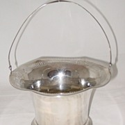 Meriden Sterling Silver Basket #1290 1/2