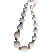 "Vintage Trifari Egg shape Cream  ""Suspended Animation"" Necklace  beads"