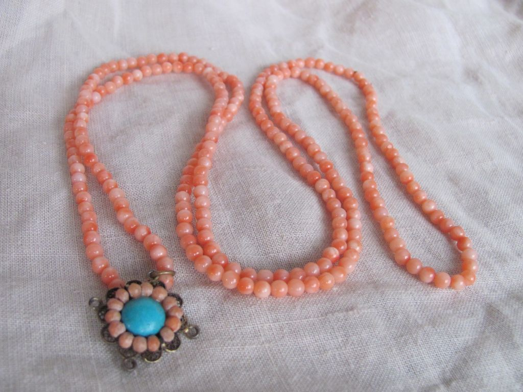 Vintage Genuine Natural Angel skin Coral 3-3.5mm Continuous Opera Length with Turquoise Pendant Necklace