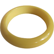 Art Deco Galalith Butter Yellow Milk Plastic Bangle