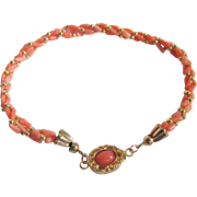 Vintage 18kt GP Angel Skin Coral Cabochon Clasp and Twisted Natural Coral Bracelet