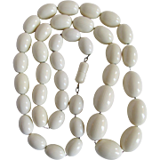 Art Deco Cream Galalith with Bands Graduated Barrel Beads on wire Necklace