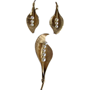 Mid Century 14kt Krementz AA High Quality Cultured Pearl Brooch and Screw back Earrings Certified Appraisal $2470 !!