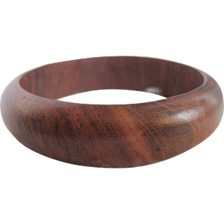 "Vintage Mid Century ""Danish Modern"" Style Carved Rounded Edge Teak Bangle"