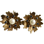 Vintage Signed Krementz Gold Overlay Flower and Stamen Center Motif Cultured Pearl Screw Back Earrings