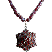 Little Creations 7kt Gold Garnet Gemstones and Garnet Facetted Beads Necklace & Pendant