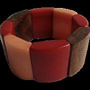 Vintage Red, Peach Resin and Wood Link Elastic Stretch Bracelet