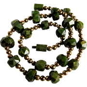 ART DECO Modernist Green BAKELITE  bead Necklace