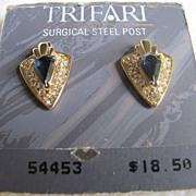 Vintage 70's Trifari Blue Sapphire & Rhinestone pierced earrings still on card!