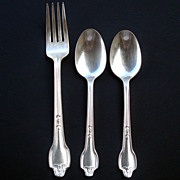 Falmouth 1914 International Silver 2 Teaspoons and Dinner Fork