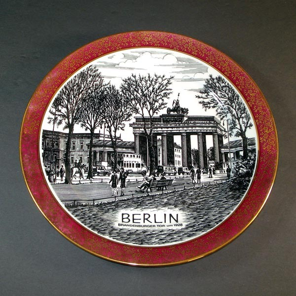 Berlin Brandenburg Gate Scenic Souvenir Wall Plate