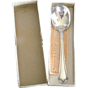 Primrose Oneida 1915 Silverplate Sugar Spoon in Original Box