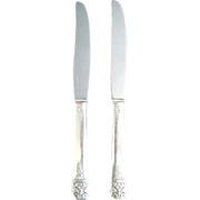 Margate aka Arcadia 1938 Oneida 2 Silverplate Dinner Knives