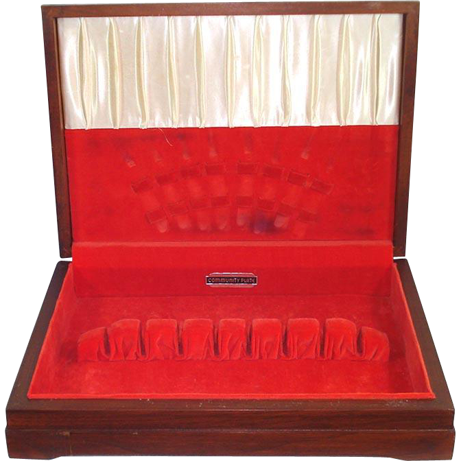 Oneida community silverware box flatware storage chest for Box for flatware storage